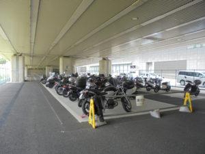 バイク駐車場 場内